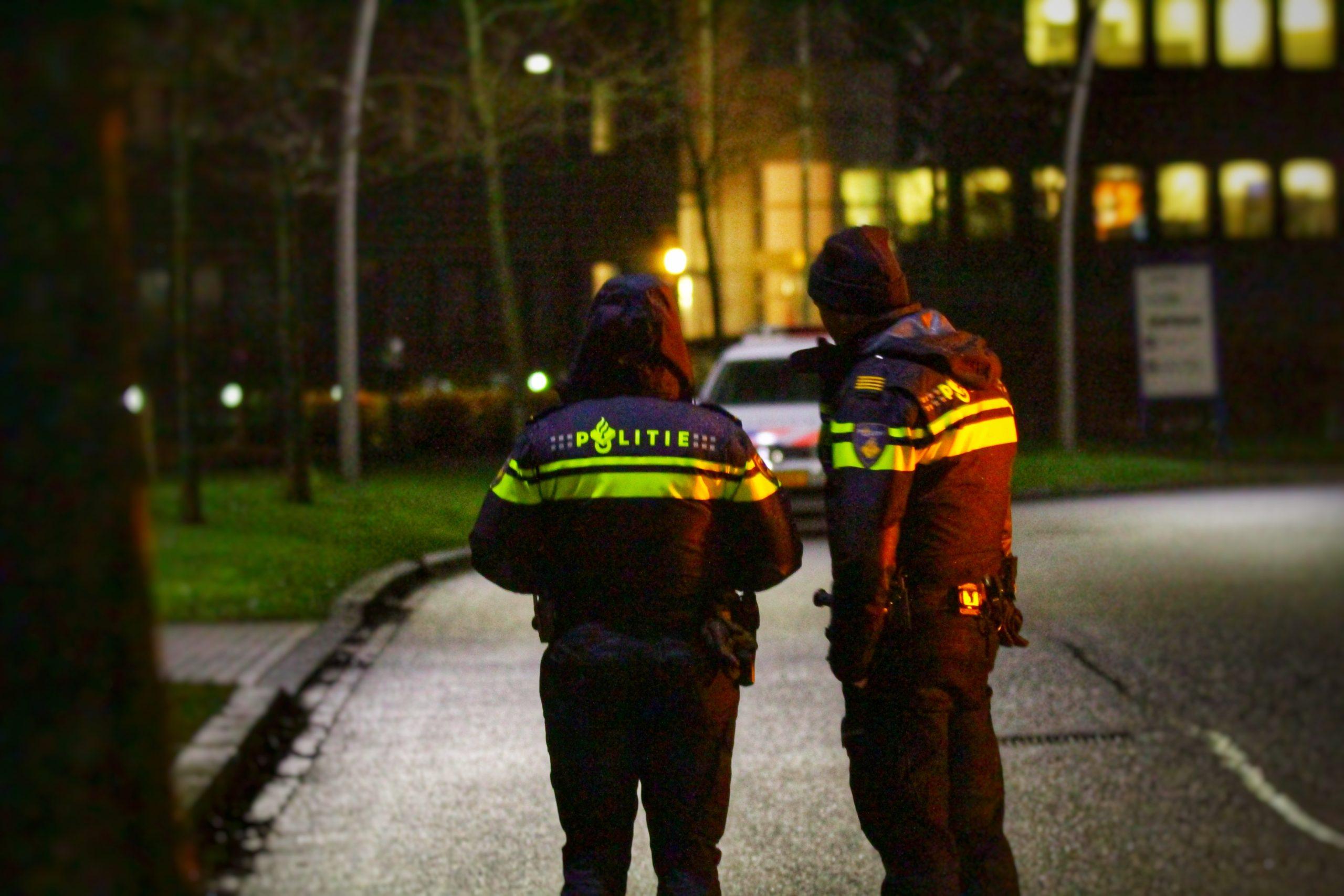 Tien aanhoudingen en zeventien doorzoekingen in onderzoek naar wapenhandel