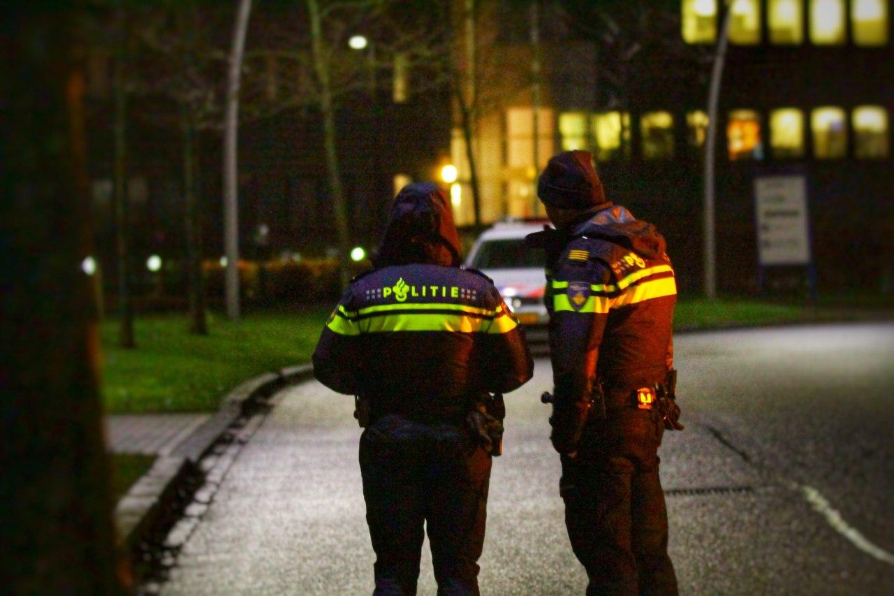 Politie lost waarschuwingsschot bij woningoverval in Heerenveen